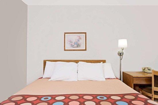 Long Prairie, MN: Guest room