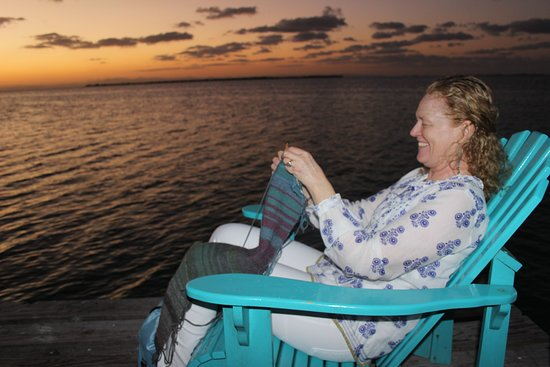 South Water Caye, Belize: Sunsets on the dock with delicious cocktails & appetizers