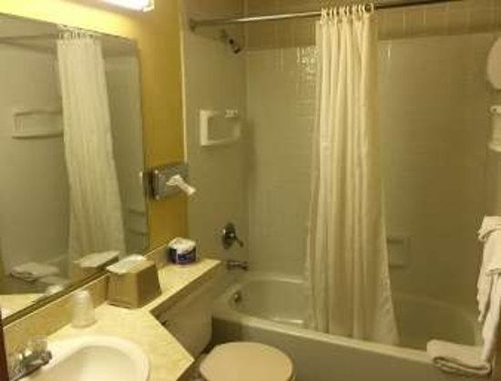 Gallipolis, OH: Bathroom