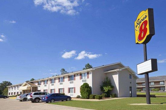 Super 8 by Wyndham Batesville: Welcome to the Super 8 Batesville