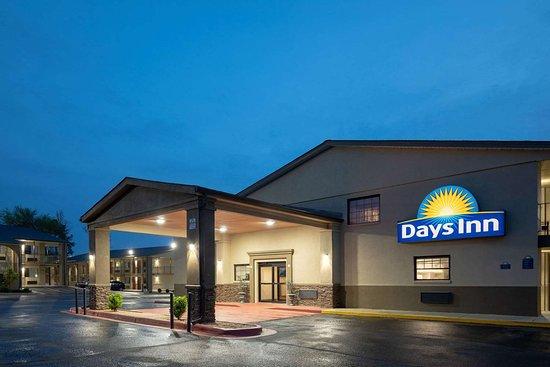Days Inn by Wyndham Athens Alabama