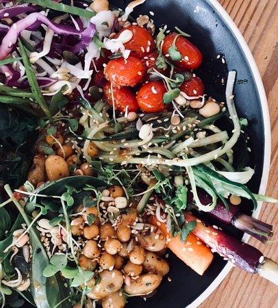 The Hub Cafe: Vegan Buddah Bowl