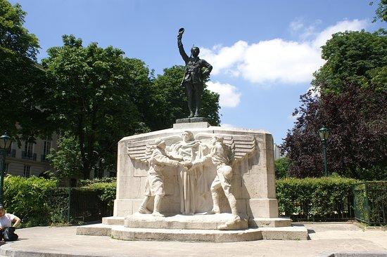 Monument aux Volontaires Americains