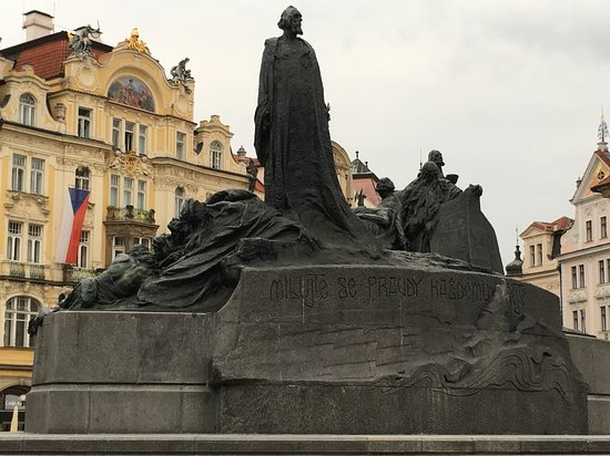Jan Hus Monument: Jan Huss Monument in Old town Prague