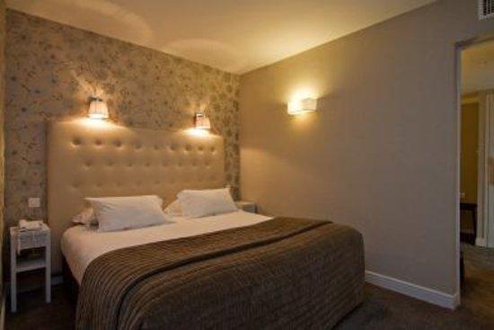 Emeraude Hotel Plaza Etoile: Guest Room