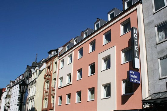 Lage Hui Rest Hotel Am Kieler Schloss Kiel By