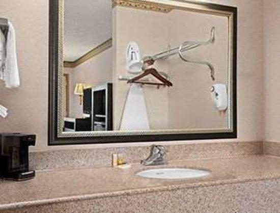 Grantville, PA: Bathroom