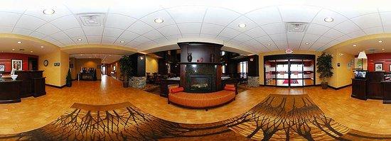 Hampton Inn & Suites Casper: Lobby