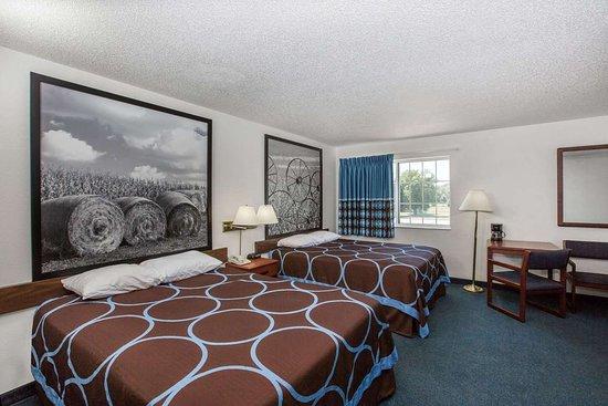 Ida Grove, IA: Guest room