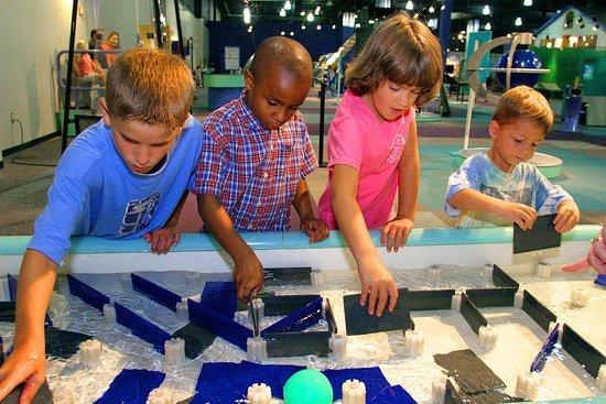 เอเธนส์, อลาบาม่า: Sci-Quest Museum