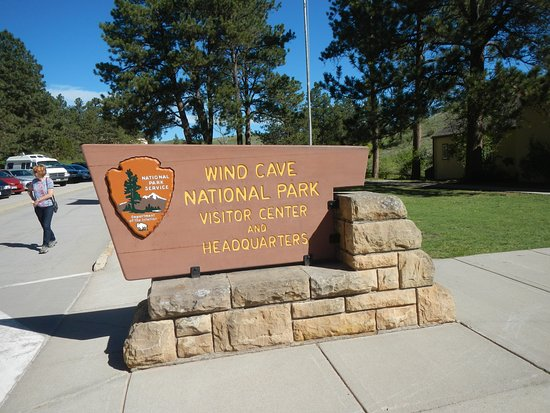 Wind Cave National Park: Cave center entrance