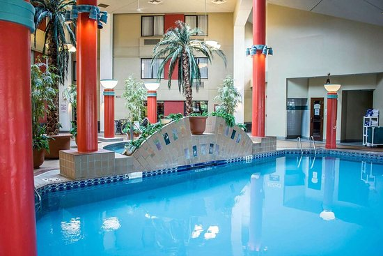 Econo Lodge: Indoor pool