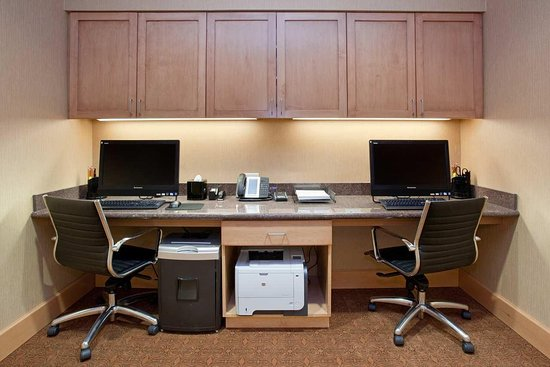 Lone Tree, CO: Business Center