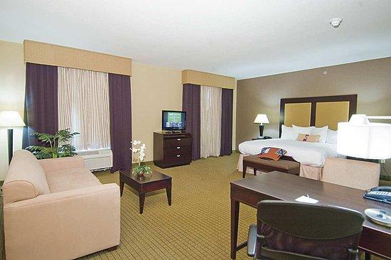 Decatur, TX: King Suites