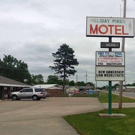 Holiday Pines Motel Jay Sign