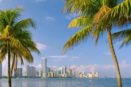 Doubletree by Hilton Grand Biscayne Bay Hotel