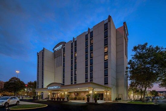 Luxury Hilton Mercer University