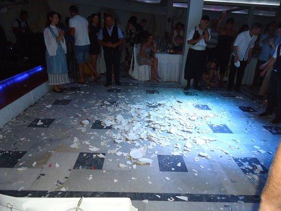 Greek Nights Dimitris: The fragments of broken plates