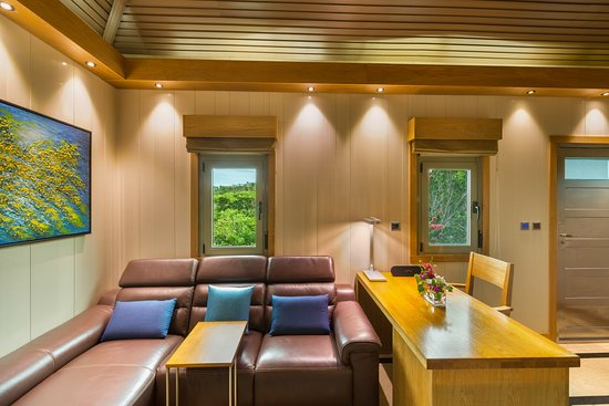 Interior - Picture of One On Marlin, Providenciales - Tripadvisor