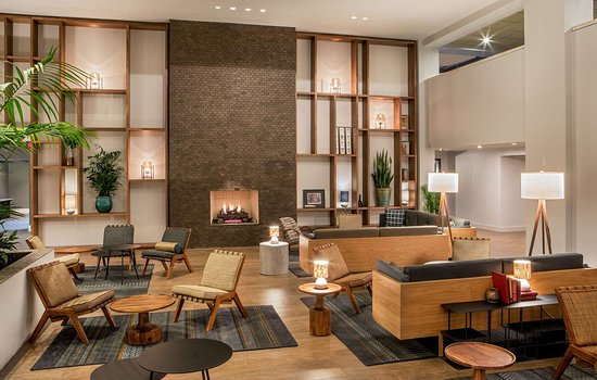 DoubleTree by Hilton Hotel Atlanta - Marietta: Lobby