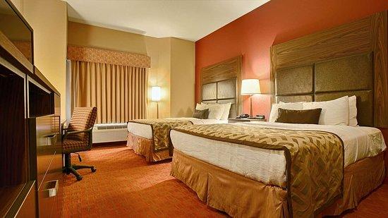 Best Western Plus Woodland Hills Hotel & Suites: Queen Suite