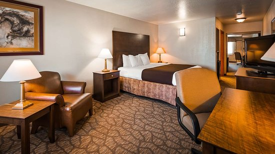 George West, TX: King Guest Room