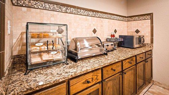 George West, Техас: Breakfast Area