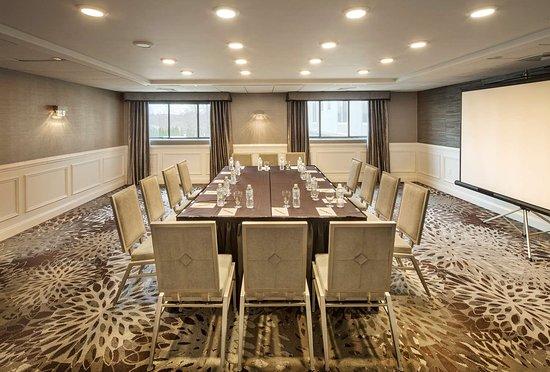 Doubletree By Hilton Hotel Nanuet Updated 2018 Reviews Price Comparison Ny Tripadvisor