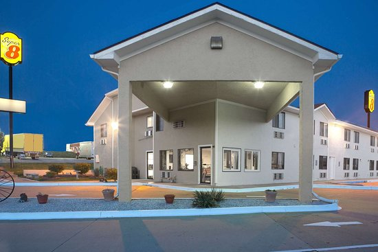 Super 8 By Wyndham Boonville Updated 2018 Motel Reviews Price Comparison Mo Tripadvisor