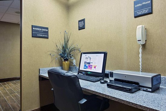 Mattoon, IL: Business Center