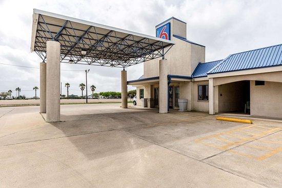 Motel 6 Port Lavaca: exterior
