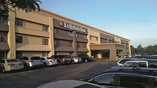 La Quinta Inn Detroit Canton Updated 2019 Prices Amp Hotel