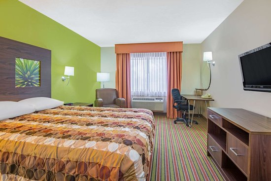Portales, NM: Guest room