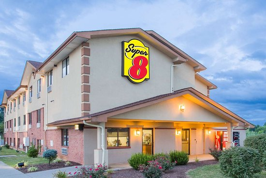 Super 8 by Wyndham Abingdon VA