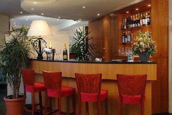 Saint-Josse-ten-Noode, Belgium: Bar-Lounge