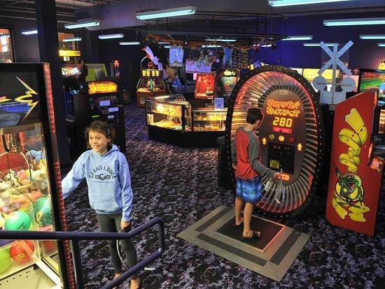 Rothschild, WI: Arcade