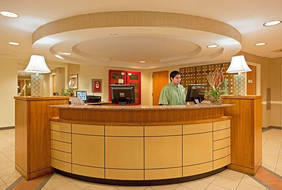 La Quinta Inn Suites Boston Somerville 105 1 2 Prices Hotel Reviews Ma Tripadvisor