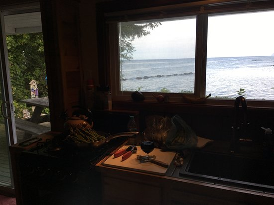 Sekiu, WA: Dinner prep with a stunning view (from the Birdhouse cabin)