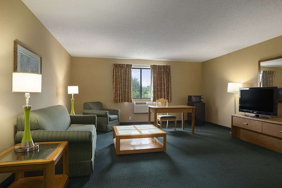 Mayfield, KY: Family Suite