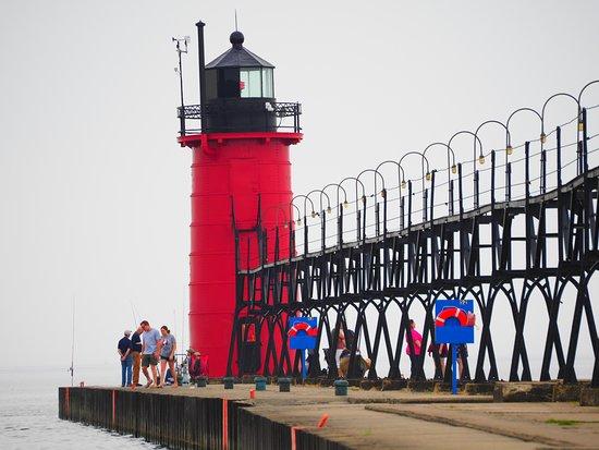 South Haven Lighthouses: South Haven Lighthouse