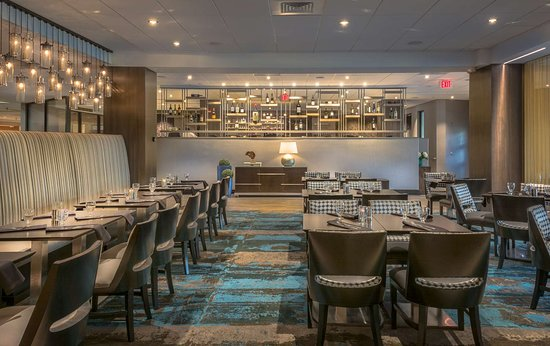 DoubleTree by Hilton Columbia: Restaurant