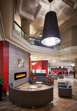Best Western Plus Waterfront Hotel: Hotel Lobby
