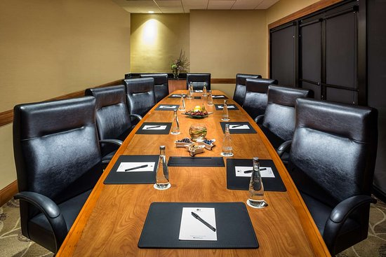 Doubletree By Hilton Carson California Meeting Rooms