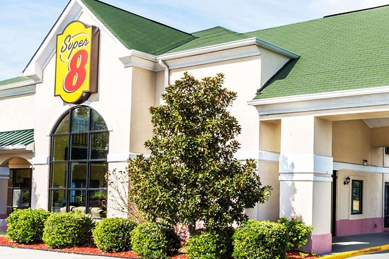 Super 8 by Wyndham Midlothian/Richmond Area