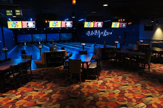 RollHouse: Private Bowling Suite - Reserve it today!