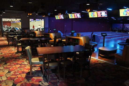 RollHouse: Private Bowling Suite - Great Place to have your Next Party!