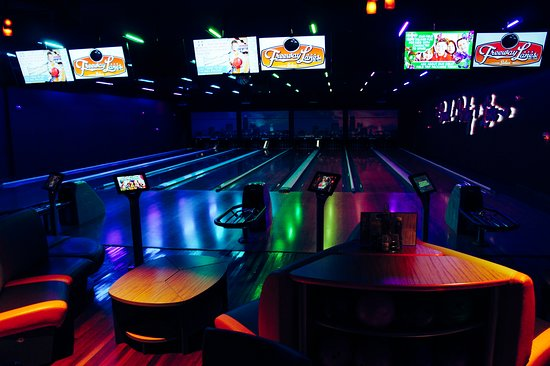 RollHouse: Not all bowling is the same!