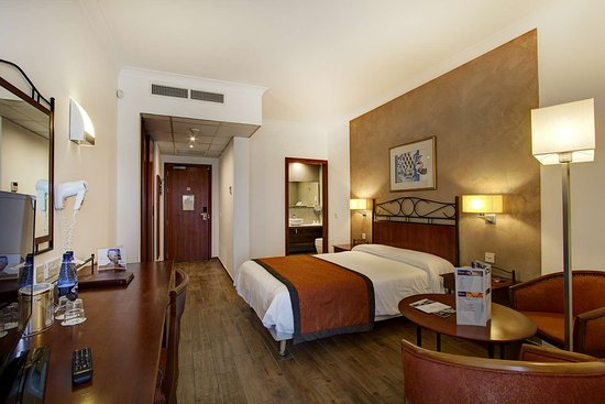 Golden Tulip Vivaldi Hotel: Golden Tulip Vivaldi Standard room