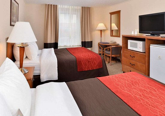 Selinsgrove, PA: Guest room with two beds