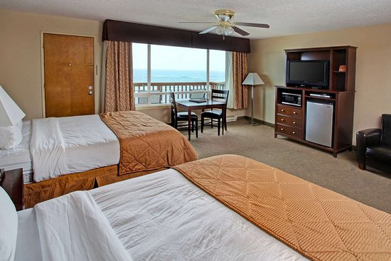 Depoe Bay, Oregon: Well-equipped guest room